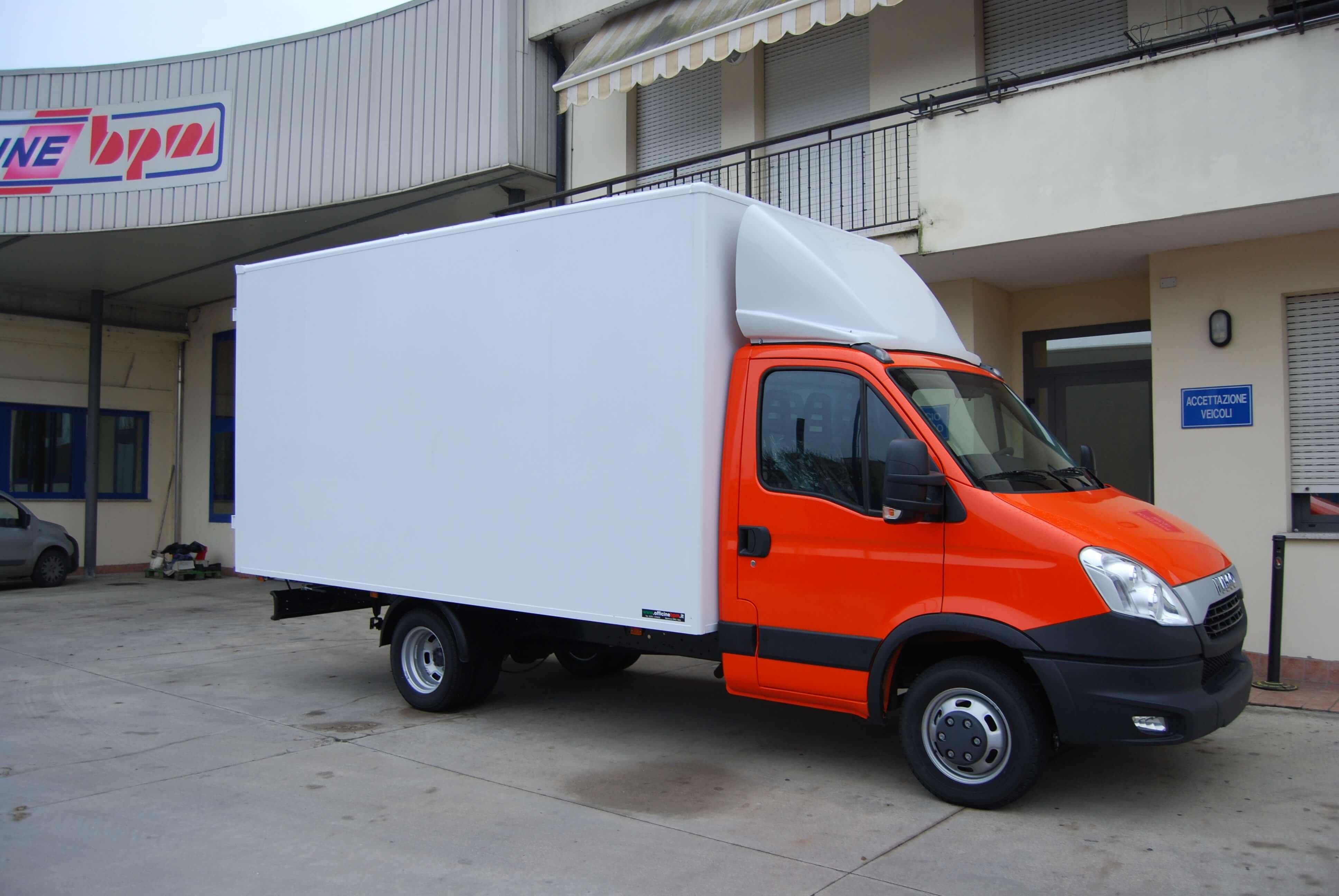 allestimento personalizzato furgone leggero