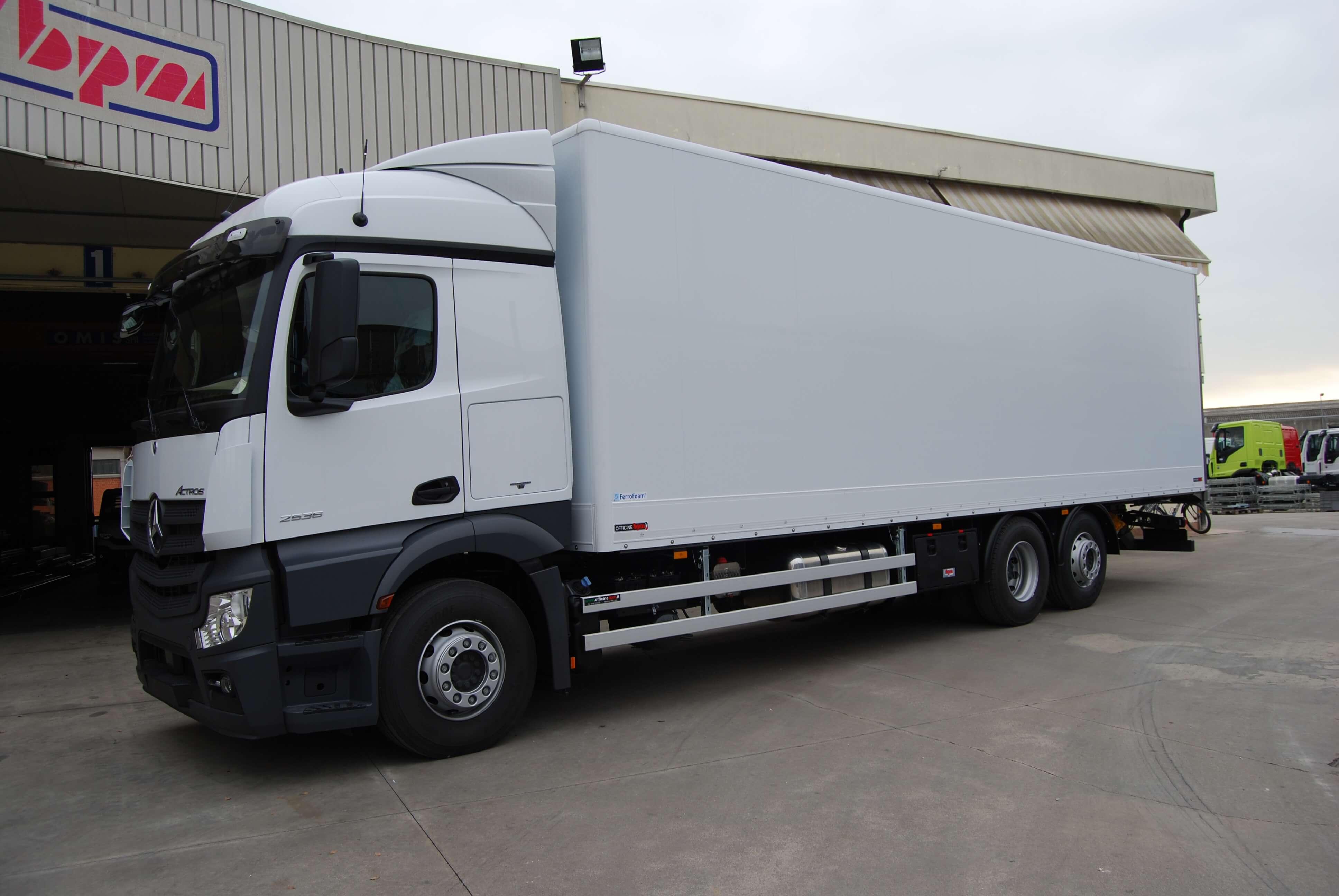 allestimento personalizzato furgone pesante