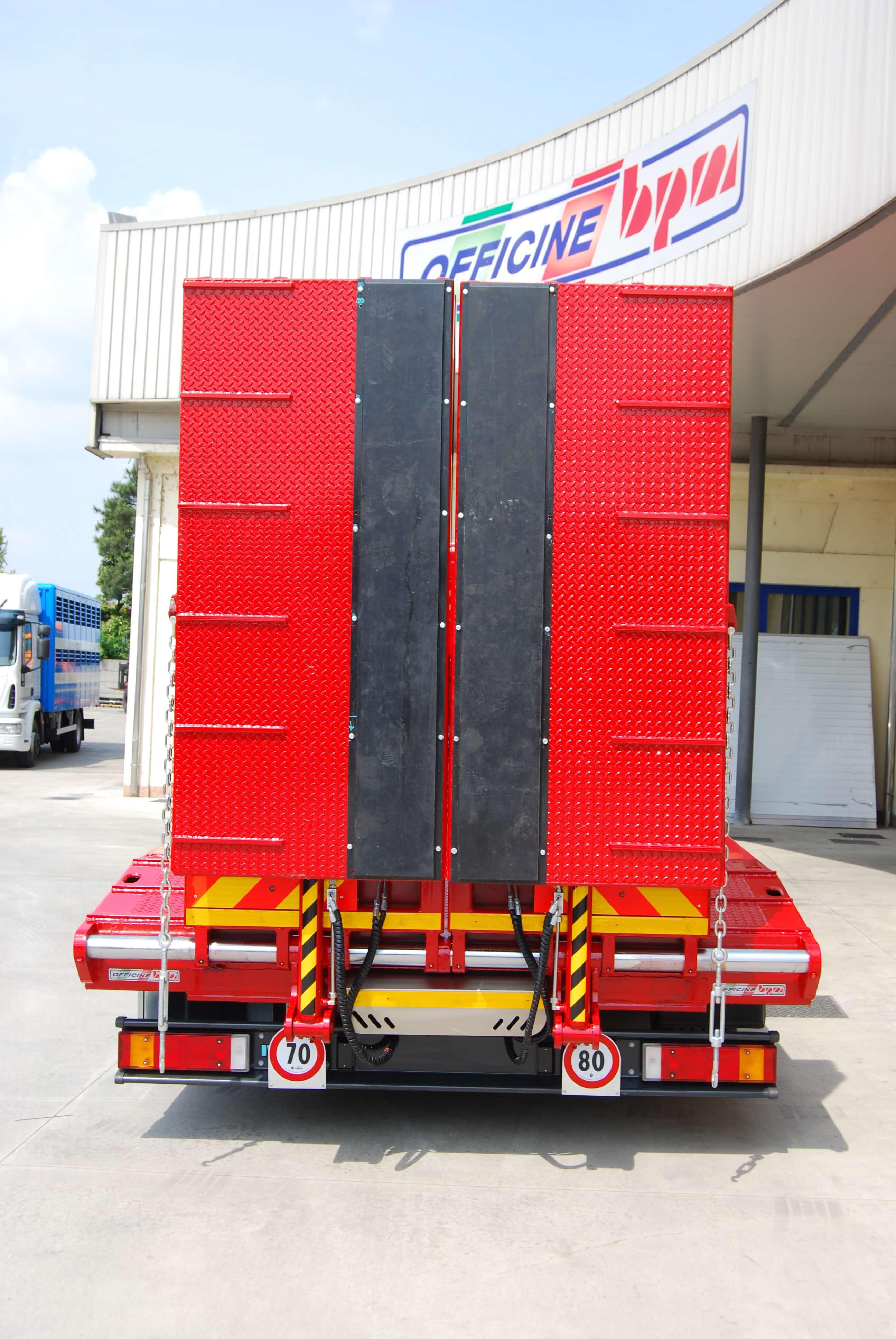 carrellone personalizzato rampe salita rulli gomma vulcanizzata